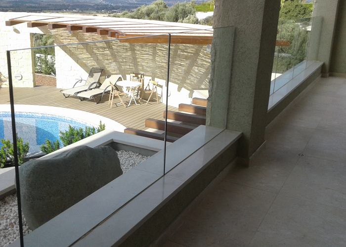 Glass Fence with Stainless Steel Base